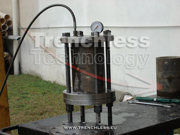 The pressure test equipment of the cement mortar liner